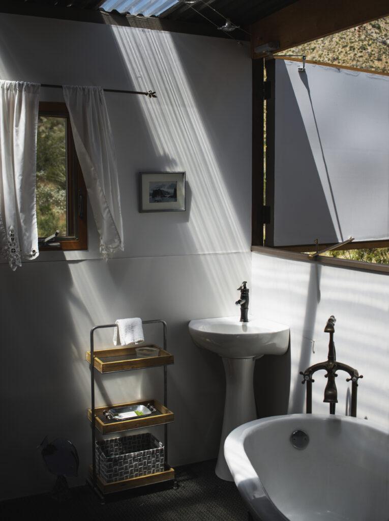 Muse bathroom